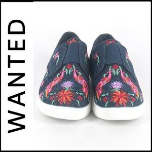 NWT WANTED Embroidered Sneakers
